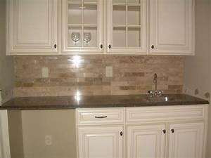 Top 18 subway tile backsplash design ideas with various types for Tile for kitchen backsplash pictures
