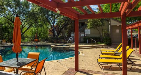 3 Bedroom Apartments In Plano Tx by Chisholm Place Apartments In Plano Tx