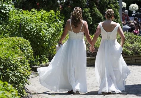 Over 15 000 Gay Couples Tie The Knot Since Same Sex