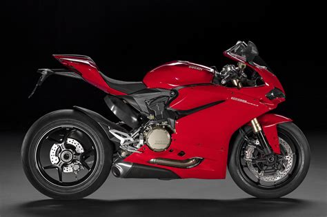 The Amazing Numbers Behind The 2015 Ducati 1299 Panigale