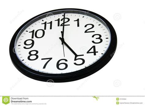 horloge de mur de bureau d isolement images stock image 2741624