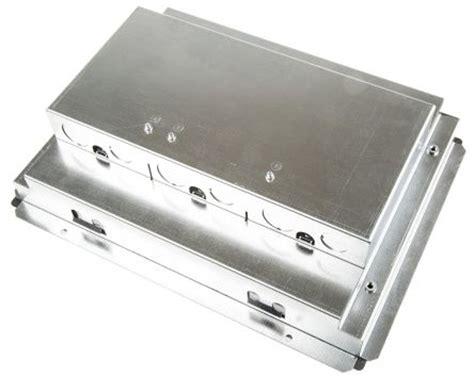 Legrand Floor Box Dimensions by Cb3 Legrand Floor Box 3 Compartments X 85mm Legrand