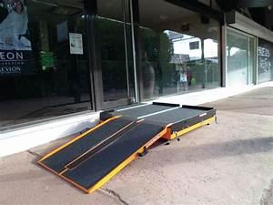 Rampe D Accès Pliable : plateforme pour rampe d 39 acc s pliable ramppli seton fr ~ Nature-et-papiers.com Idées de Décoration