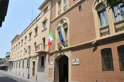 Ufficio Passaporti Firenze by Polizia Di Stato Questure Sul Web Reggio Emilia