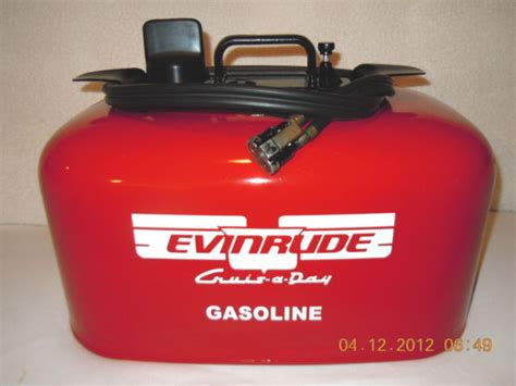 Boat Fuel Tank Restoration by I A 1955 7 5hp Evinrude I Had To Get A New Pressure