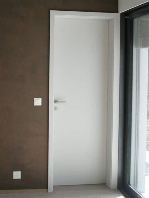 cuisine mur portes de communication menuiserie agencement intérieur cuisine fenêtre oron
