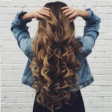 cute curled hairstyles best 25 cute curly hairstyles ideas on pinterest