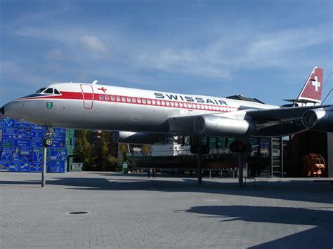 Putting a 747 on a pedestal
