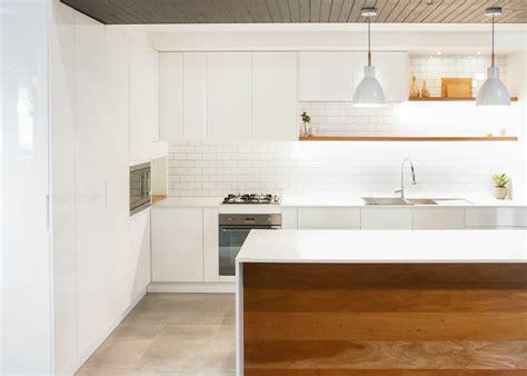 Polyurethane Kitchen Cupboards by Polyurethane Vs Melamine Kitchen