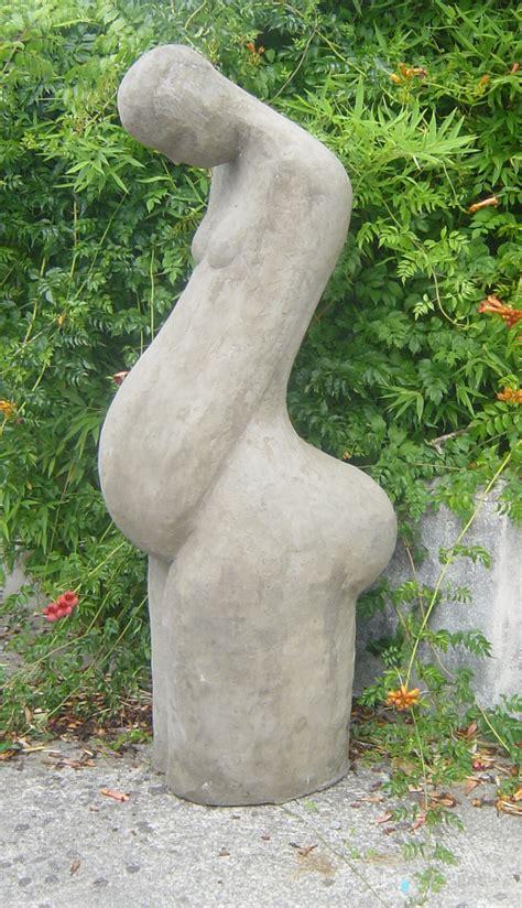 photo femme enceinte exterieur pin by omum cosm 233 tique future maman on pregnancy l dans