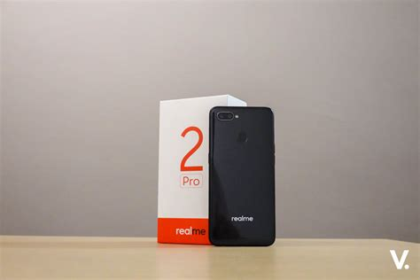 realme 2 pro unboxing and impressions realme 2 pro unboxing and impressions