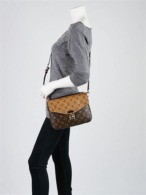 louis vuitton monogram canvas metis pochette reverse bag