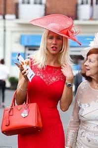 Ladies Day at York sees Ebor Festival's best-dress battle ...