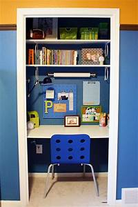 Study desks small bedrooms for Boys homework desk