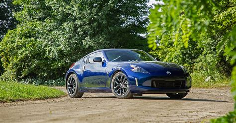 2019 Nissan 370z Coupe Review A Sports Car Throwback