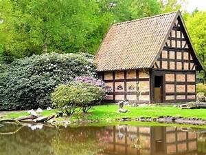 Häuschen Mit Garten : panoramio photo of h uschen mit garten im weltvogelpark ~ Lizthompson.info Haus und Dekorationen