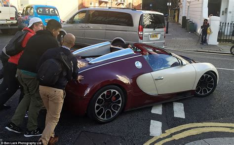Bugatti Veyron Pushed Through Streets Of London After