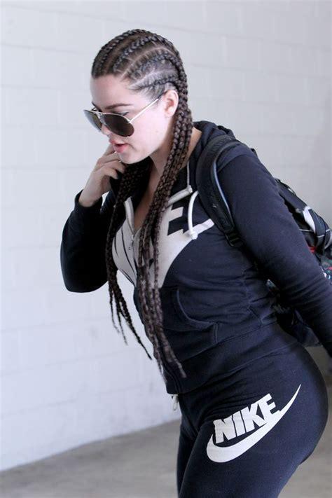 Khloe Kardashian has CORNROWS: Star changes her look ...