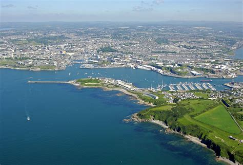 Boat Slips For Rent Plymouth Ma by Plymouth Harbor In Plymouth Devon Gb United Kingdom