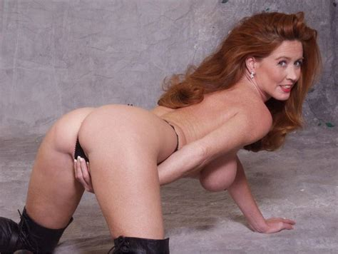 Smokin Hot Redhead Milf Adult Pictures Pictures