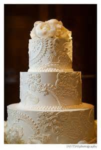 wedding cake bakeries near me show me your fondant free lace themed wedding cakes weddingbee