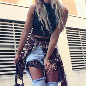 Stylish Women High Street Fashion Loose Design Distressed u0026 Destroyed Cut out Jeans Ripped Big ...