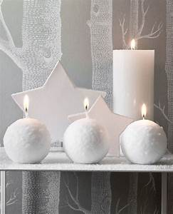 Boule à Neige : bougies la fran aise boules de neige et sports d 39 hiver bougies d coratives boule de neige ~ Teatrodelosmanantiales.com Idées de Décoration
