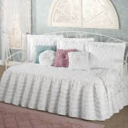 Home Design Comforter Home Decoration 4 Green Daybed Comforter Set For Bedding 33 Attractive Daybed Comforter