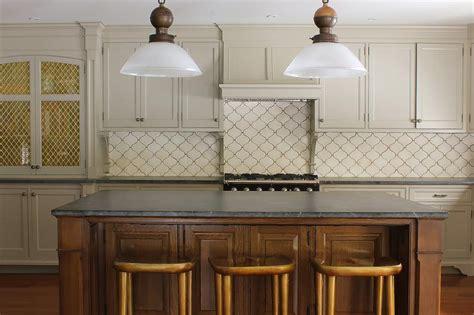Cream Tile Backsplash : Khaki Kitchen Cabinets