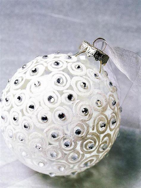 25 christmas ornaments to make 25 handmade ornament
