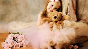 Cute Little Baby Girl With Teddy Bear And Rose Flowers HD ...