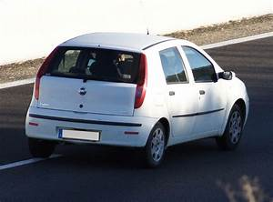 Fiat Punto Avis : 175 avis sur la fiat punto 2 1999 2003 175 retours ~ Medecine-chirurgie-esthetiques.com Avis de Voitures