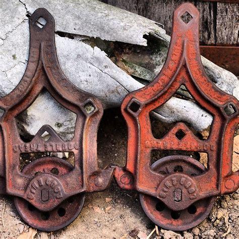 Vintage Barn Door Hardware by Antique Barn Door Hardware Ideas For The Home