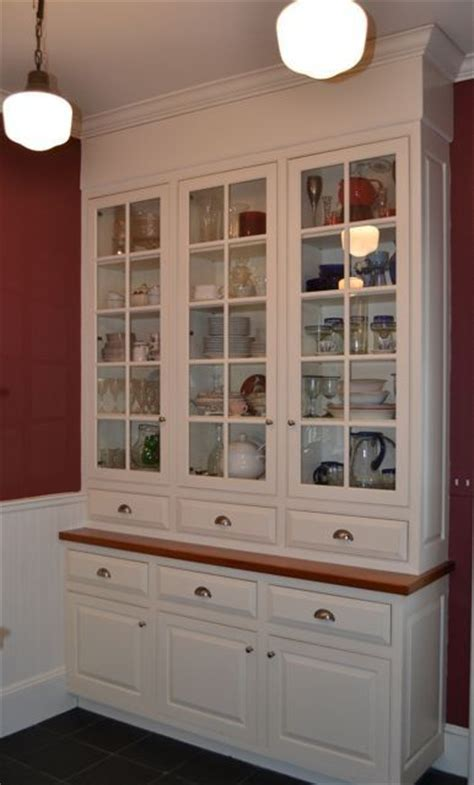 Custom Period Butler's Pantry by Salem Architectural