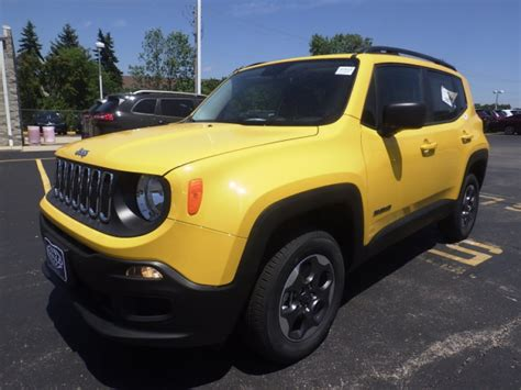 Ewald's 2016 Jeep Renegade For Lease