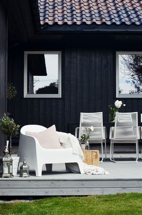 25 Calm Scandinavian Terrace Designs - DigsDigs