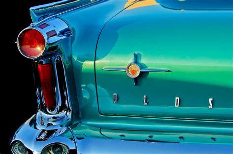 oldsmobile  taillight   oldsmobile tail