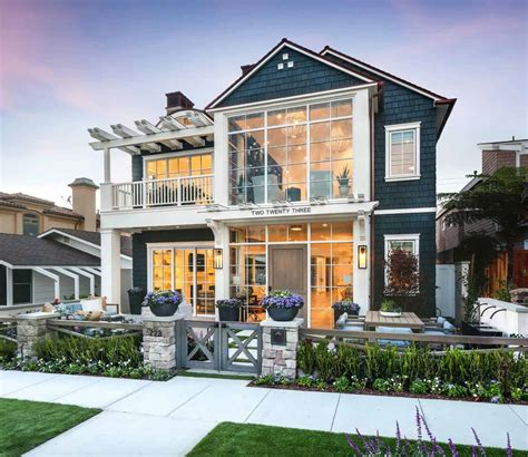 Stunning California Modern Home by Stunning Modern Coastal Home With Inspiring Details In