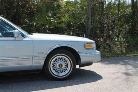 1997 Lincoln Town Car Signature Series Car Phone