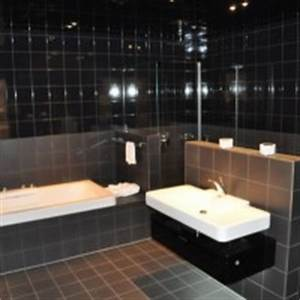 Günstige Fliesen Für Badezimmer : wc fliese welche fliese passt zur toilette hausbau blog ~ Markanthonyermac.com Haus und Dekorationen