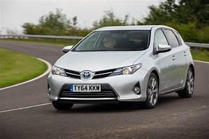 Toyota Auris Hatchback Review