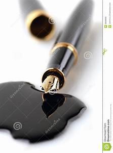 Enlever Tache De Stylo : taches de stylo plume et d 39 encre photo stock image du auteur signe 30848896 ~ Melissatoandfro.com Idées de Décoration