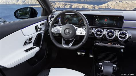 This is just as unique in this category as the selection of trim elements and ambient lighting to stage every detail perfectly. 2019 Mercedes-Benz A-Class - AMG Line nevagrey/black Interior   HD Wallpaper #45