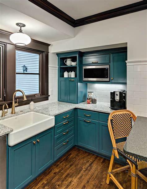 teal colored kitchens cuisine bleu canard et bois pour se plonger dans dynamisme 2681