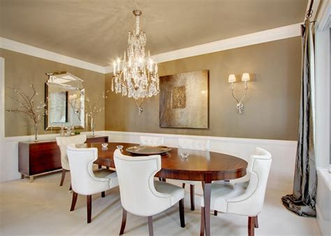 Modern & unique dining room chandeliers combined with oval