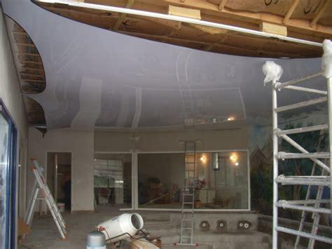 plafond tendu pas cher faux plafond toile tendu maison travaux
