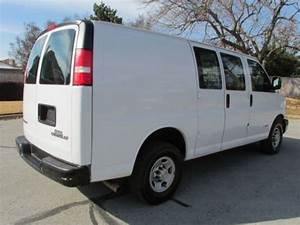 Purchase Used 06 Chevy Express Cargo Van In Arlington