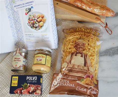 kit cuisine du monde cuisine du monde kitchen trotter top knot and tea cups