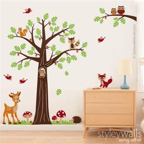 Wandtattoos  Wandtattoo Kinderzimmer Baum Waldwald Tiere