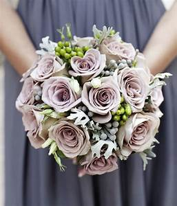 16 pretty wedding bouquet ideas modwedding for Bouquet ideas for wedding